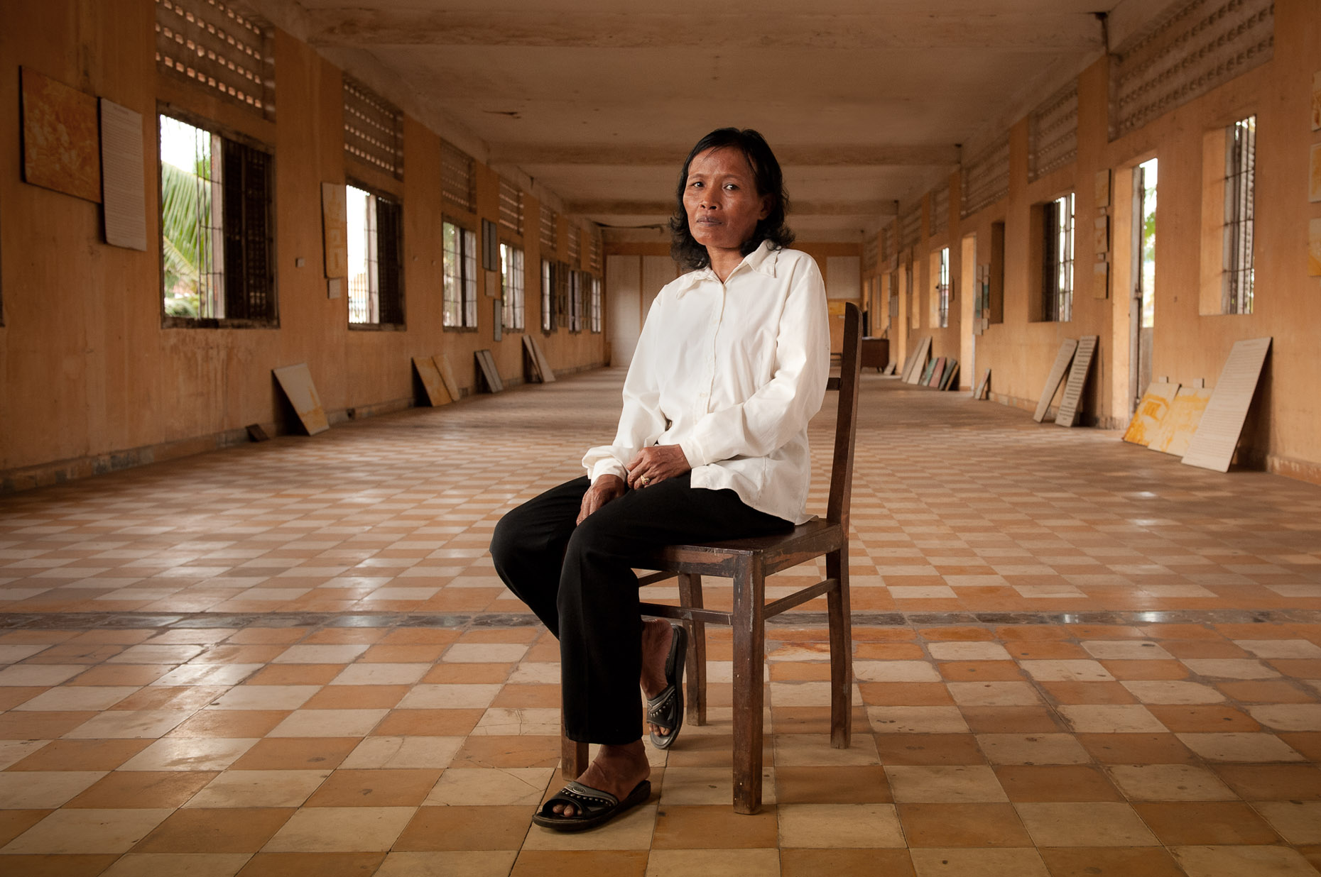 Environmental portrait of Khmer Rouge survivor Nam Mon